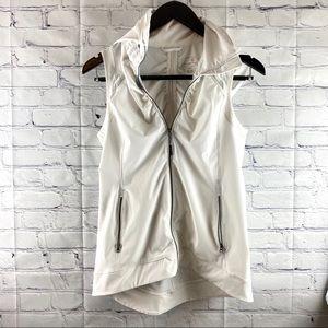 Tangerine white hooded vest medium